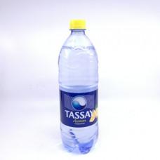 Вода Тассай газированная с лимоном 1л